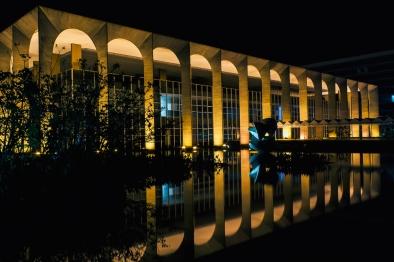 Davide_Solfaroli_Camillocci_2007_Brasilia_Niemeyer_1